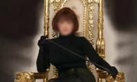 Mistress Vivien - London
