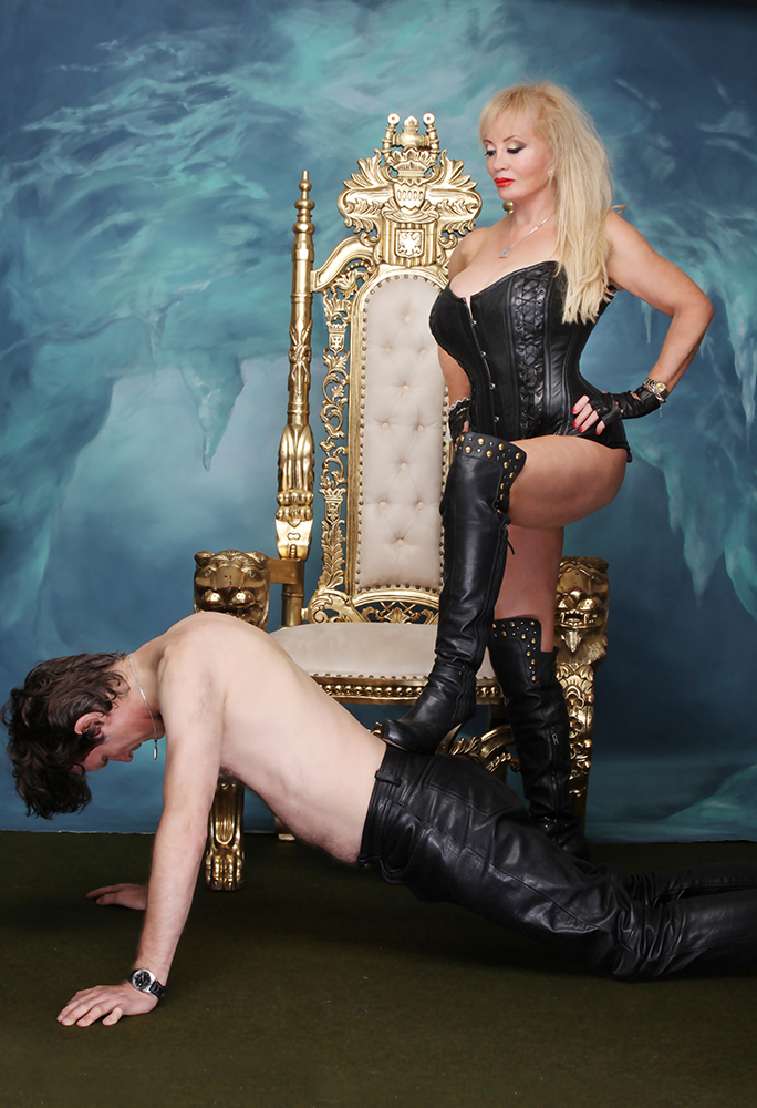Mistress Tanya Of London 6