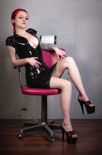 Domina Miss Decadoria-5