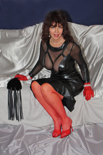 Dominatrix Dominique - San Diego - VIP Mistresses - World Mistresses
