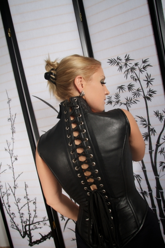 Domme-Victoria Houston-Dallas-Austin-8
