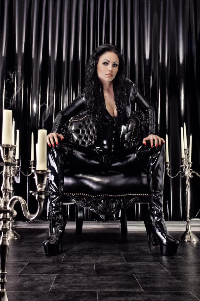 Mistress Black Diamoond-3