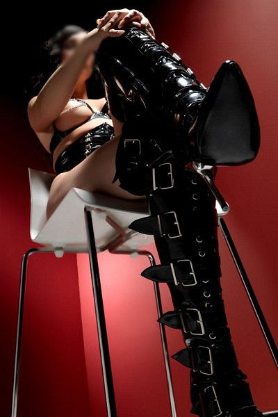 Mistress Arabella-1