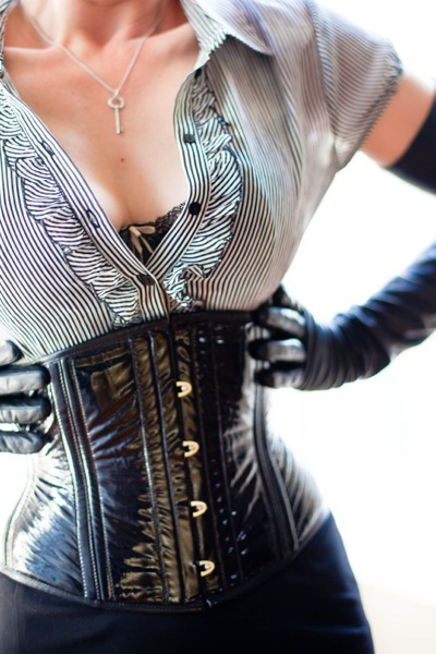 Mistress Morgana-2